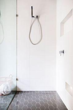 기하학적 디자인을 주제로한 욕실인테리어 모음입니다.