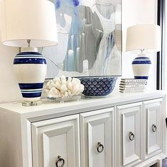 Staging a sideboard? Art lamps books bowl and ornament! Place at varying heights and some space between them for a polished professional look. #stagingtip @vanguardfurniture #stagingsaturday . . . . #accessories #art #books #bowl #calgary #decor #design #furniture #home #homedecor #interiordesign #living #lighting #lamps #modern #moderndesign #ornament #roominspo #roominspiration #sideboard #staging #shoplocal #shopyyc #tabletop #vanguardfurniture #robertsweep #yyc