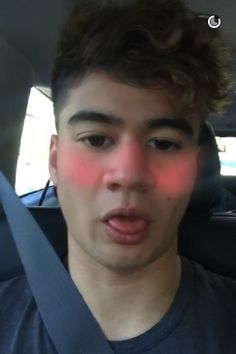 OMG CALUM YOUR HAIR IS GREAT
