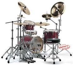 Practice Drum Kit, Junior Drum Set, Electronic Kits, Beat Em Up, Drum Kits, Music Stuff, Musical Instruments, Musicals, Percussion