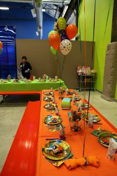 Scooby Doo Party - balloons & decorations LOVE THE BONE BALLOON WEIGHT