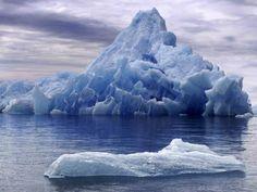 El peso promedio de un iceberg es de 20.000.000 de toneladas.