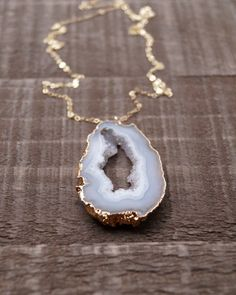 Agate Slice Necklace, Agate Necklace, Agate Druzy, Raw Stone Necklace, Organic, Bohemian Style, Boho Necklace, Gemstone Necklace, Grey