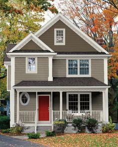 branco e marrom casa Exterior 22 - Home Ideas - Fachadas Exterior Paint Color Combinations, House Paint Color Combination, Exterior Color Schemes, Exterior Paint Colors For House, Paint Colors For Home, Paint Colours, Color Combos, Beige House Exterior, Siding Colors