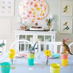 A super cute Dinosaur Garden Party for kids! (via @ kdamiecki's instagram)