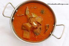 Horse Gram, Mangalore Cucumber And Drumstick Curry With Garlic Seasoning (Kulta Magge Kodel) Konkani Recipes, Mangalore, Indian Food Recipes, Ethnic Recipes, Curries, Cucumber, Garlic, Spices, Southern