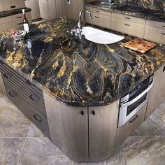 Supreme Kitchen Remodeling Choosing Your New Kitchen Countertops Ideas. Mind Blowing Kitchen Remodeling Choosing Your New Kitchen Countertops Ideas. Epoxy Countertop, Kitchen Countertop Materials, Granite Slab, Granite Countertops, Black Granite, Stone Kitchen, Granite Kitchen, New Kitchen, Kitchen Decor