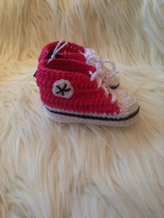 Kosetøfler til baby Baby Shoes, Converse, Kids, Shopping, Clothes, Fashion, Young Children, Outfits, Moda