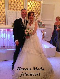 HAREM MODA FELICITEERT  AYSEGUL & HALIL MUTLULUKLAR!! #bruidsjurken #bruidsdmoda #gelinlik #hollanda #harem #moda #hilversum