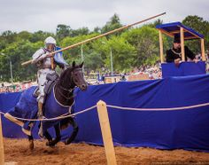Petter Ellingsen at the Times & Epochs joust in Russia 2013 (photo by Andrew Boykov)