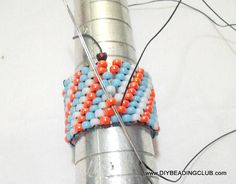 Worth Reading - Lots of Free Jewelry Making Tutorials & Lessons: FREE Peyote Beaded Ring Tutorial