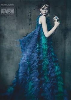Vogue Italia: Haute Tension by Paolo Roversi