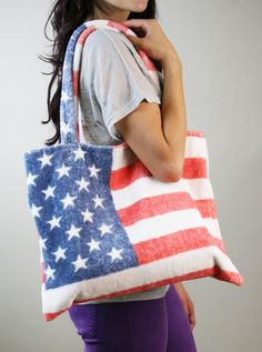 Made in the USA tote! Shop here: http://www.AmericanLoveAffairOnline.com/Vintage_Americana_Small_Tote_p/25314.htm#  #americanmade #tote #fashion #accessories