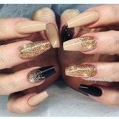 Nageldesign 20 cute nails 2018 Wedding Gifts: Unique And Creative Ideas Choosing wedding gifts is a Nails 2018, Prom Nails, Wedding Nails, New Year's Nails, Hair And Nails, Ongles Beiges, New Years Eve Nails, New Years Nail Art, Super Nails
