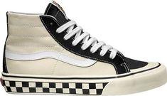Vans Sk8-Hi 138 Decon SF High Top Sneaker cbc87e5b1