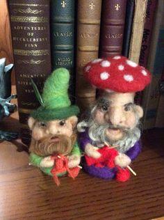 Gnitting gnomes by Linda Wenger