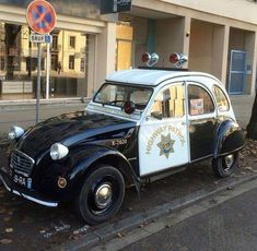 1000 images about 2cv charleston on pinterest cars for sale private number plates and first car. Black Bedroom Furniture Sets. Home Design Ideas