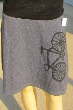 fixie bike skirt  by: rosy hawbaker of recreative crafts