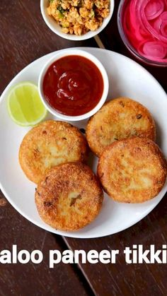 aloo paneer tikki recipe, paneer potato cutlet, paneer alu tikkis with step by step photo/video. north indian snack or tikki with paneer & boiled potatoes. Pakora Recipes, Cutlets Recipes, Paratha Recipes, Chaat Recipe, Aloo Tikki Recipe, Aloo Paneer Recipe, Aaloo Recipe, Paneer Pakora, Snacks