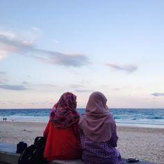 terima kasih untuk kesekian kalinye dik @an_nurhidayah ... 'till we meet again insyaallah. study rajin2. finished strong! xoxo  . #surfersparadise #surfersparadisebeach #aussie #australia #effajalanjalan #love #beach #loveit #goodmorning #morning #vitamin #calm #buddies #chat #buddytravel by effa_a http://ift.tt/1PI0tin