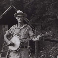 Banjo // America.