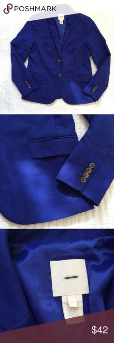 """J. Crew 1035 Jacket in Superfine Cotton Gorgeous Byzantine Blue 1035 Jacket from J. Crew in Superfine cotton. Lightweight and crisp. Fully lined. Pinstripe contrasting lining in sleeves and at inner breast pocket. Front flap pockets. Tortoise shell buttons. In excellent preowned condition with some minor signs of wear - mostly crease fading and some light spots on the sleeve. A dry cleaning might remove. Price reflects this. Size 14. Appx 42"""" bust, 16.5"""" across back shoulders, 25"""" sleeves…"""