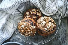 BLENDERMUFFINS | med havre, blåbær og kardemomme | Desiree Andersen Muffins, Breakfast, Food, Morning Coffee, Muffin, Essen, Meals, Yemek, Eten