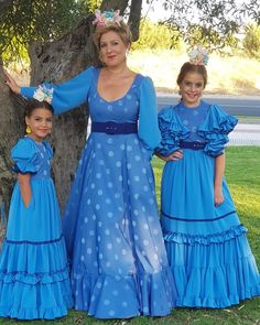 Spanish Dress, African Fashion Ankara, Dress Making Patterns, Blue Gown, Girl Tips, Dance Costumes, Traditional Outfits, Designer Dresses, Nice Dresses