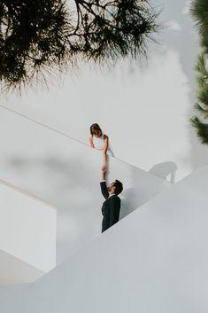 Spectacular modern wedding venue in Madeira wedding Korean Wedding Photography, Wedding Photography Checklist, Wedding Couple Poses Photography, Pre Wedding Shoot Ideas, Pre Wedding Poses, Pre Wedding Photoshoot, Modern Wedding Venue, Photo Couple, Foto Pose