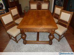 Zeer oude grote tafel + 6 stoelen -