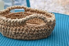 Jute bowl free #crochet pattern from Crochet In Color + 20 other crochet patterns for the home