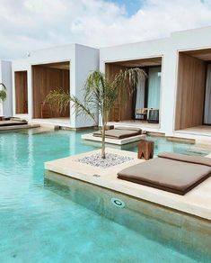 Concrete Architecture, Architecture Design, Santorini Luxury Hotels, Tulum, Piscina Hotel, Greece Design, Piscina Interior, House Gate Design, Modern Pools
