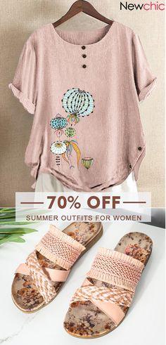 Women Summer Outfits Idea #Fashion Summer Outfits Women, New Outfits, Casual Outfits, Fashion Outfits, Beach Shirts, Cute Shirts, Over 60 Fashion, King Shirt, Graduation Shirts
