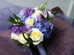 summer bridal bouquets for weddings | White Roses Summer Wedding Bouquet Share