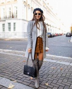 ideas style inspiration winter fashion knee highs for 2019 Trendy Fashion, Winter Fashion, Womens Fashion, Grey Coats For Women, Tutu Rock, Outfits Otoño, Italy Outfits, Mode Blog, Casual Winter Outfits