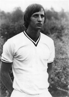 Dutch football player Johan Cruijff legend legendary number 14 el salvador ajax coach player trainer sports football