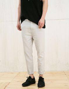 Spodnie z zaszewkami z surowej bawełny - New - Bershka Poland