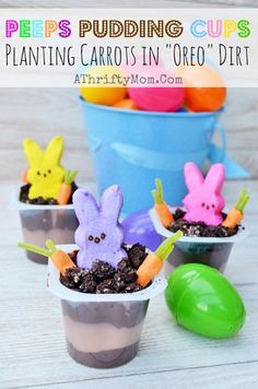 "Peeps In the Dirt Pudding Cups, with OREO Dirt. Quick and Easy Easter Dessert That's really cute! desserts easter Peeps Pudding Cups ~ Planting Carrots In ""OREO"" Dirt (Last minute easy treat idea) - A Thrifty Mom - Recipes, Crafts, DIY and Easy Easter Desserts, Easter Snacks, Easy Easter Crafts, Easter Treats, Easter Recipes, Easter Food, Easter Games, Dessert Recipes, Edible Crafts"