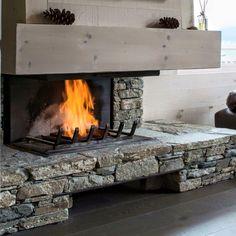 Ενεργειακό τζάκι 3 όψεων με επένδυση πυρότουβλου. #fireplace #design #τζάκι #ενεργειακό #διακόσμηση