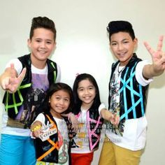 http://arloc888.wordpress.com/2014/07/26/darren-asserts-supremacy-in-the-voice-kids-grand-finals-performances/