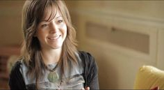 Lindsey Stirling she´s a beautiful violinist