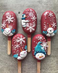 Paletas Chocolate, Chocolate Strawberries, Xmas Desserts, Cute Desserts, Christmas Cake Pops, Christmas Treats, Xmas Cookies, Cupcake Cookies, Cake Decorating Tips