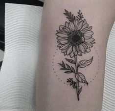 beautiful sunflower tattoo ideas to brighten up your day - # . - beautiful sunflower tattoo ideas to brighten up your day # - Side Tattoos, Trendy Tattoos, Unique Tattoos, New Tattoos, Small Tattoos, Wrist Tattoos, Cool Tattoos, Awesome Tattoos, Tattos