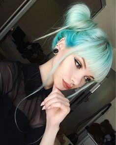 WEBSTA @ annieolivia #bluehair #pastelhair