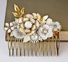 Bridal Hair Comb - Vintage Hair Comb, Wedding Hair Comb, Shabby Chic Bride, White Cream Gold, Romantic, Something Old