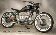 Bobber Bikes, Bobber Motorcycle, Motorcycle Clubs, Moto Bike, Cool Motorcycles, Bmw Vintage, Bmw Boxer, Bmw Cafe Racer, Coffee Shop Design