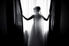 NUNTA - Foto y Cafe - Fotografie de nunta, fotograf nunta, foto-video nunta, idei de posing, wedding day, wedding photos, wedding photoshoot, bride photoshoot, bride waiting for the groom www.fotoycafe.ro