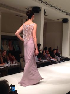 Love Fashion, Style Fashion, Prom Dresses, Formal Dresses, Wedding Styles, Classy, Sky, Facebook, Elegant