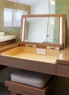 Make mirror and open drawer