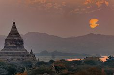 Rivers of Southeast Asia: Myanmar In Style. Cruise the Irrawaddy River aboard the new all-suite Sanctuary Ananda for a glimpse of old Indochina and to experience eye-opening Myanmar. http://www.abercrombiekent.com.au/myanmar/itineraries/myanmar-in-style.cfm